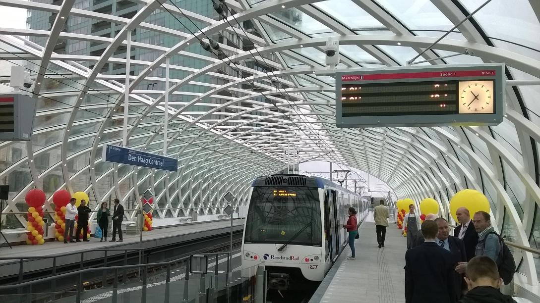 Opening nieuw lightrailstation Den Haag
